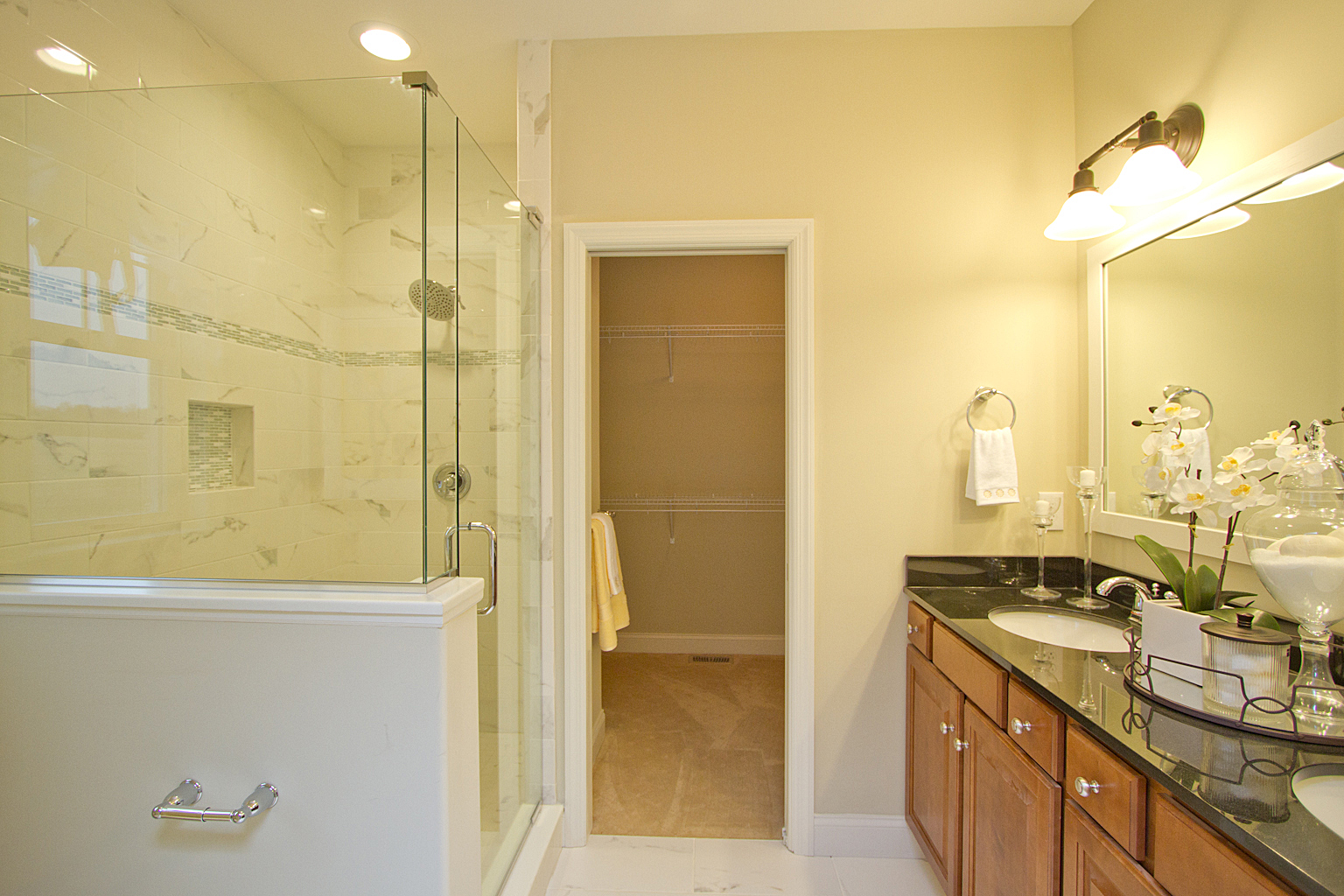 Lititz Reserve Addison - Master Bathroom